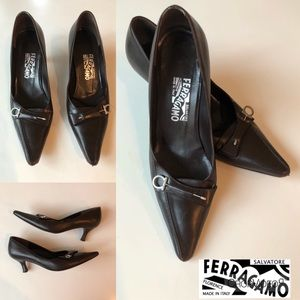 Ferragamo brown leather 2.5 inch heels, size 8B